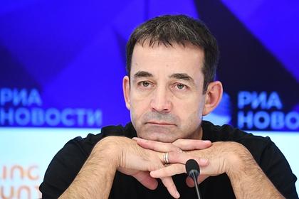 Призывавший вернуть пятилетки Дмитрий Певцов победил на выборах в Госдуму